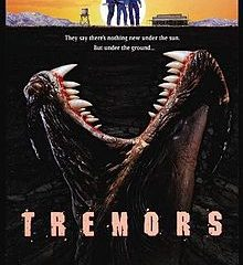 Tremors (1990) BRRip 420p 300MB Dual Audio ESubs